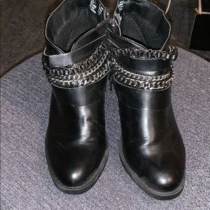 Ankle boots w/ chains and 2 buckles